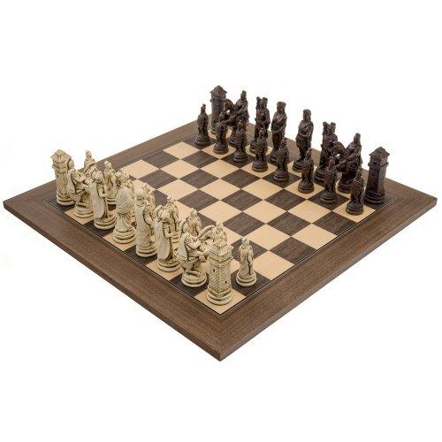 The Berkeley Chess Roman Russet and Walnut Chess Set