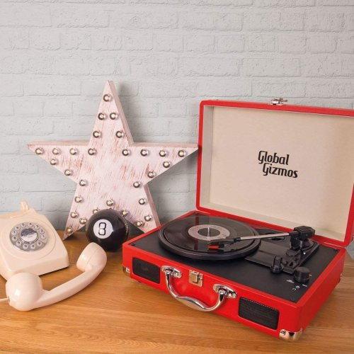 Global Gizmos Portable Bluetooth Retro Suitcase Turntable with Built In Speakers and MP3 Transfer - Red