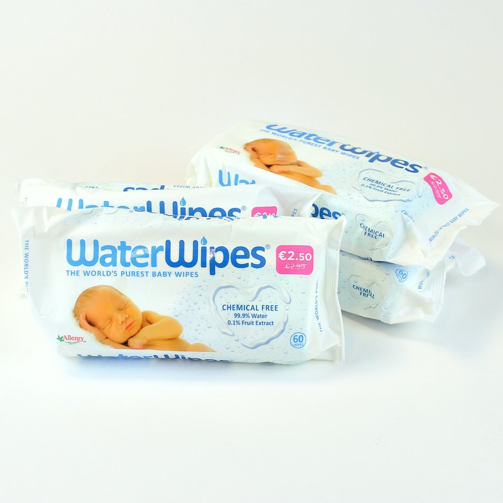 Can Baby Wipes Be Used On Cars