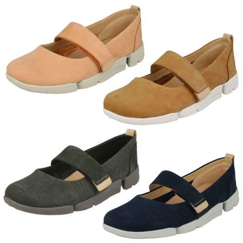 Ladies Clarks Casual Flat Shoe Tri Carrie - D Fit